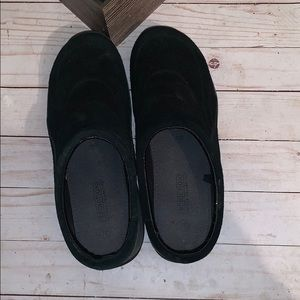 Predictions Black Slip on Suede Shoe Size 9 1/2